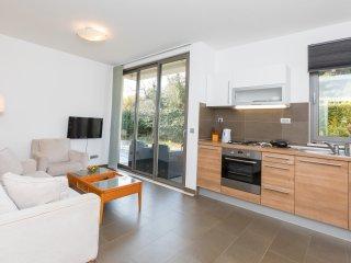 One bedroom condo in Urban villa