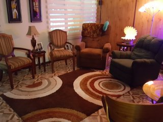COUNTRYSIDE FURNISHED HOUSE INCLUDES AIR/ELECTRIC/WATER/UTENSILS 3BED/3BATH/3PKG, Caguas