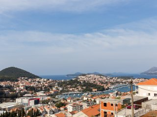 Rooms Pogled - Triple Room with Patio and Sea View