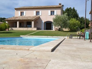 Maison ROQUEBEAURESSE a nice Holiday Residence with swimming pool (2-12 persons), Pougnadoresse