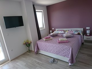 STUDIO APARTMENT NATALY MAKARSKA