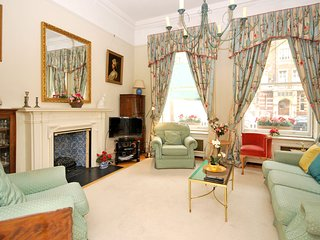 LOVELY 2BED AND 2BATHROOM APARTMENT IN SOUTH KENSINGTON
