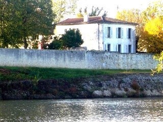 YGEIA - Dordogne river house, Flaujagues