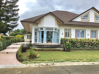 The White House, Tagaytay