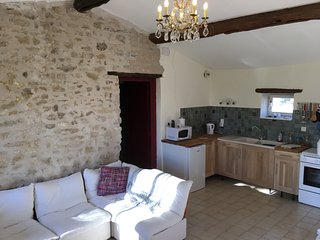 NEW! 'Le petit toit', gite in rural France, Saint-Loup-Lamaire