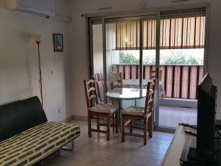 studio meuble 25m2 Antibes 600m des plages