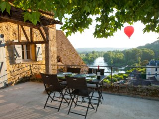 One of the most beautiful view in Beynac, in heart of the medieval village