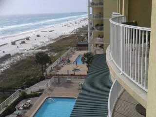 Luxurious 2 bedroom/2 bathroom Ocean Front condo. Unit #804