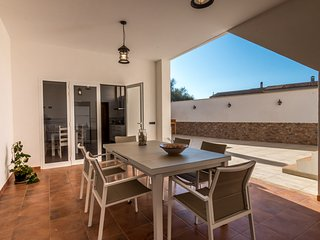 Cozy ground floor with patio located in Ses Salines