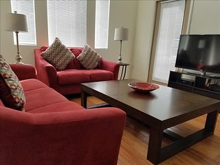 Garnet Premier Townhome III WeHo / Beverly Hills  with Pool and Wifi, Los Ángeles