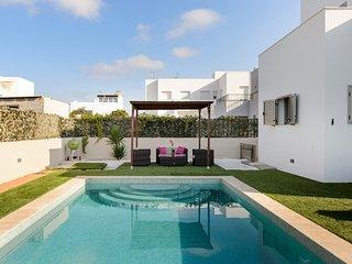 ***LIME HOUSE***, Ibiza Town