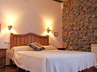 Donamaria-Gaztelu, Casa Rural Gamioa por habitaciones, vacation rental in Bertizarana