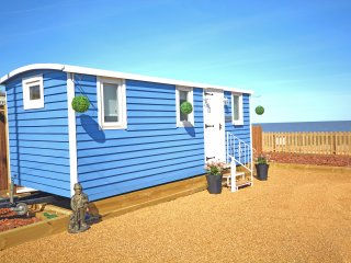 The Little Blue Shepherd Hut, Bacton