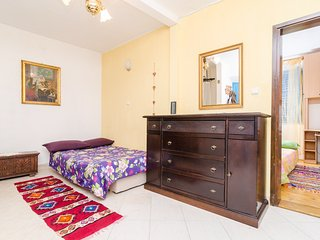 Quiet Corner Apartment - One Bedroom Apartment with Terrace