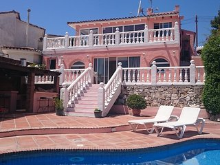 Villa Perri: 3 bed villa near  Puerto Banus