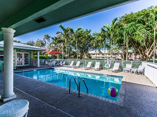 Bright Studios -  Just A Block to Deerfield Beach