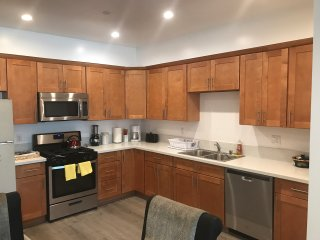 Affordable 2BD/2BA Brand New Apt/WIFI/Free parking