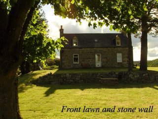 Boutique Highland Cottage on the Whisky and Castle Trail. Speyside, Scotland., Aberlour