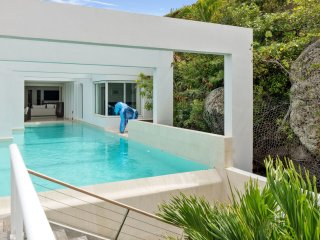 Modern ocean view villa Vahiti 6 bedrooms for rent in St Barts