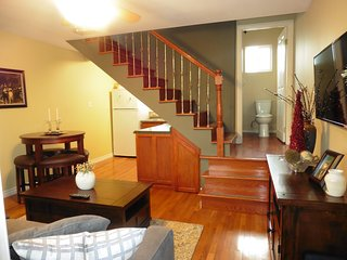 Charming Two Story Guest Unit, Pasadena CA.