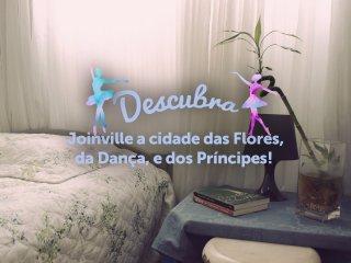 Quarto para 2 em charmoso apartamento no centro de Joinville