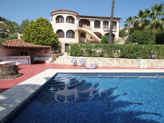Paul - modern, well-equipped villa with private pool in Benissa