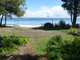 Absolute Beach Front Home, Bongaree