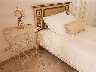 Camera da letto singola (letto alla francese)