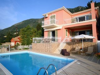 20% DISCOUNT FOR JUNE - Brand New villa with stunning view close to the beach!