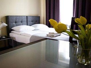 M17 apartment in Stare Miasto {#has_luxurious_ame…