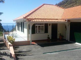 Casa da Banana T3; dream; discover; enjoy - beyond experiences, Ribeira Brava