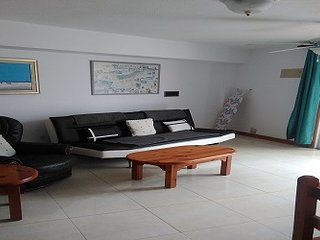 1 bedroom apartment poolside on prime sea front complex on Parque Santiago III