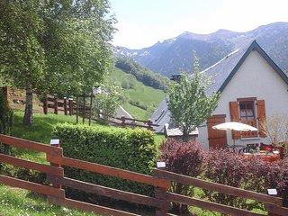 Gite le chalet du Chourique avec cheminée au coeur des Pyrénées, Boutx