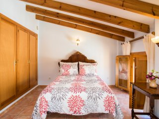 Casa Rosa Bed and Breakfast -  Family/Double Room TFF, Alcalali