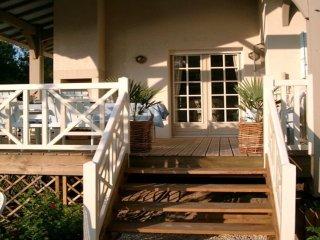 Wunderschönes Ferienhaus mit Pool 500m vom Strand