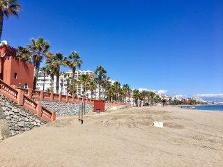 Oferta ESPECIAL Nuevo apto a 90 metros  de la playa de Benalmadena Costa