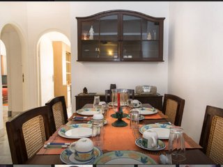 3 bedroom Guest House  BnB in city center(MG Road), Bengaluru
