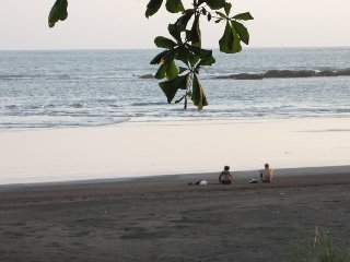 DELUXE PLAYA CAMBUTAL 2 BEDROOM HOME - ON THE BEACH!!!, Cambutal