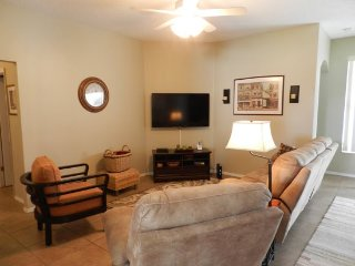 4 Bedroom Vacation Pool Home With Golf Course View. 530JA, Davenport