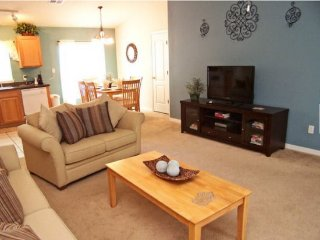 Sandy Ridge 4 Bedroom 3 Bath Pool Home. 1062RRD, Davenport