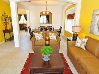 6 Bedroom 5.5 Bath Pool Home in Gated Resort. 4380AC, Davenport