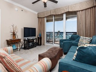 AZ504:SLEEPS 10! 5th floor, FREE BEACH SVC *UPDATES IN 2017*