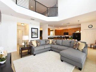 Providence Golf Community 6 Bedroom 5.5 Bath Pool Home. 2256CA, Davenport