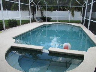 Indian Creek 5 Bedroom 4 Bath Pool Home. 8000SCD, Kissimmee