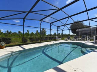 Indian Creek 4 Bedroom 2 Bath Pool Home with Games Room. 2643ACC, Kissimmee