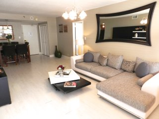 Miami Beach Luxury Condo - Suite 1107