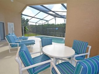 4 Bedroom 3 Bath Private Pool Home with a South Facing Pool and Spa. 345OBC