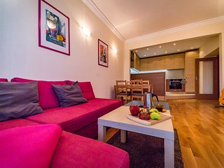 Sofia Day&Night: Prime Center Spacious Apartment
