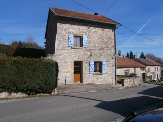 Delightful, dog-friendly stone house in Creuse, sleeps up to 4 in two doubles