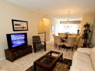 Professionally Appointed 3 Bedroom 3.5 Bath Town Home in Vista Cay. 8036CBD-134, Orlando